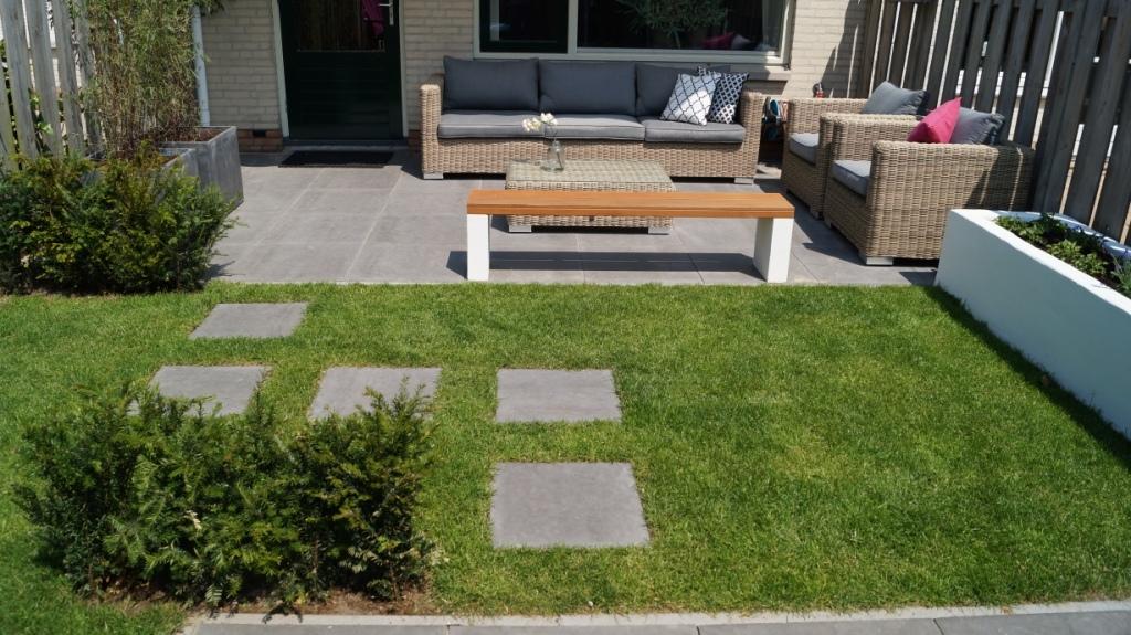 Tuinontwerp kleine tuin houten utrecht for Opleiding tuin