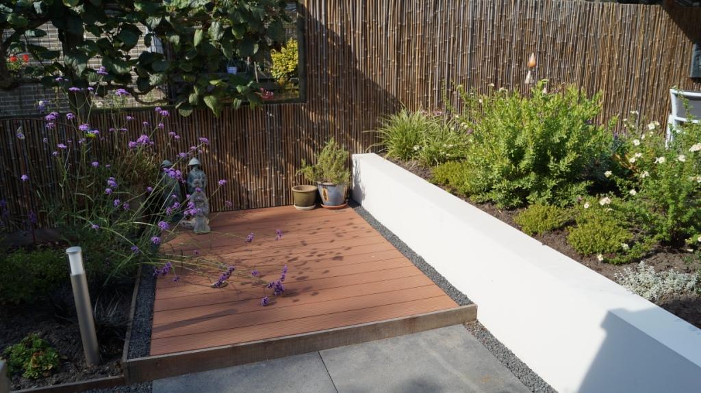 Strakke moderne tuin montfoort utrecht vicas tuinontwerpen for Opleiding tuin