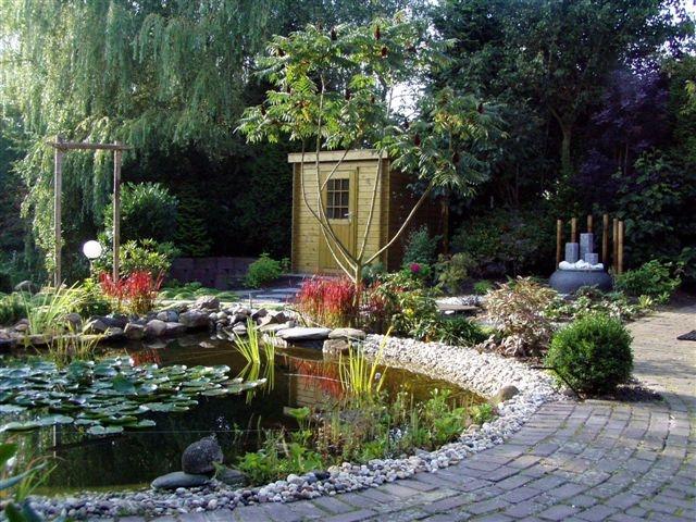 Tuin in japanse sfeer vicas tuinontwerpen for Vijver in tuin