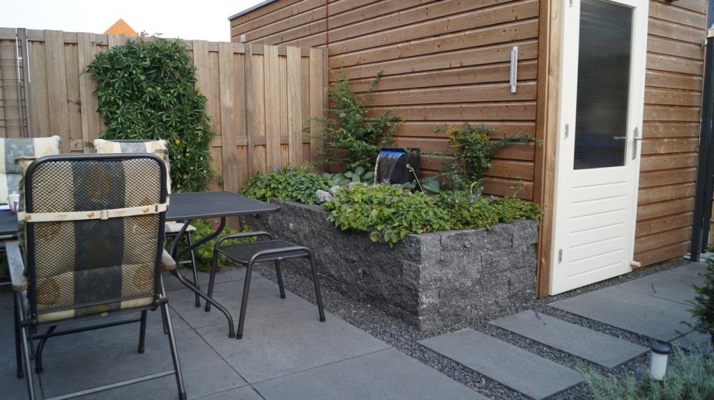 Ontwerp Kleine Tuin : Tuinontwerp kleine tuin met flexibel terras vicas tuinontwerpen