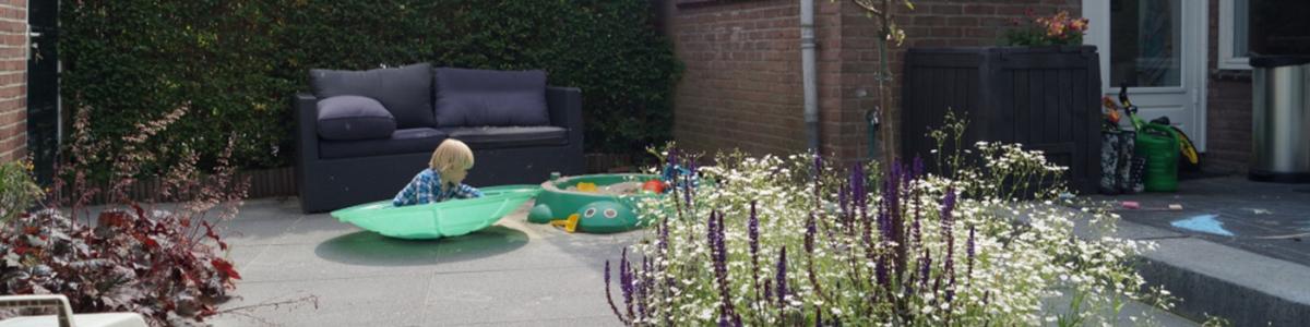 kindvriendelijke onderhoudsarme tuin Oegstgeest Zuid-Holland