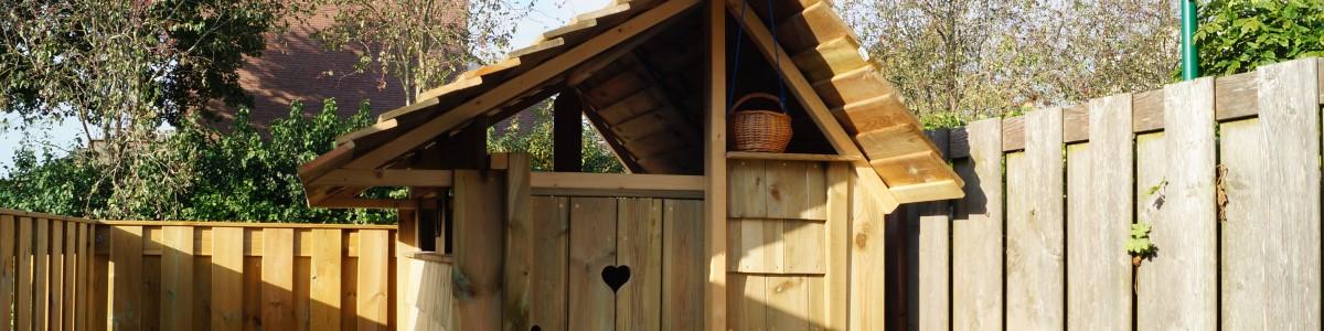 tuin met veranda en speelhuisje Linschoten Utrecht
