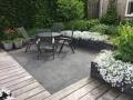Tuinontwerp-tuin-aan-het-water-terras-en-vlonder